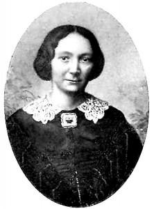 Julie-Langen